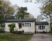 204 Greenwood Drive, Colchester image