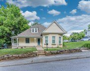 208 Mims Ave, Newport image