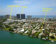 9472 Bay Dr, Surfside image