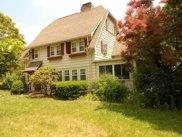 37 Hillside Ave, Bedford image
