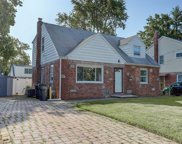 31 Rector Court, Bergenfield image