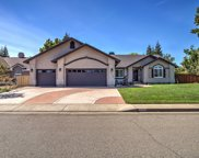 2074 Hope Ln, Redding image
