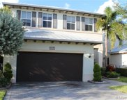 10435 Nw 69th Ter, Doral image