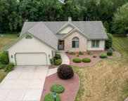S86 W19817 Greenhaven Ct, Muskego image