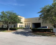 10600 Nw 37th Ter, Doral image