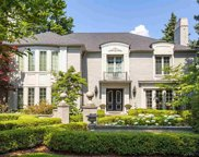 567 Lake Shore, Grosse Pointe Shores image