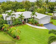 8690 NW 17th Ct, Pembroke Pines image