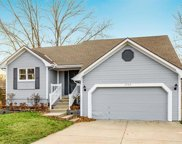 5706 Nw Creekview Drive, Parkville image