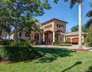 3055 Lake Ridge Lane, Weston image
