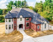3523 Strathcona Dr, Rochester Hills image