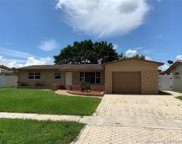 8420 Nw 17th Ct, Pembroke Pines image