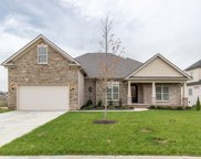 1092 Brixworth Dr, Spring Hill image