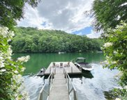 512 Sparkling Waters Drive, Glenville image