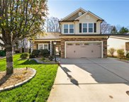 7044 Woodside Forest Circle, Lewisville image