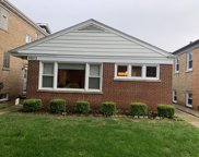 2853 West Fitch Avenue, Chicago image