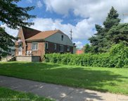 7923 Yinger Ave, Dearborn image