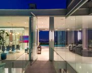 1814 N Doheny Dr, Los Angeles image