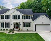 8905 Appleseed Drive, Symmes Twp image
