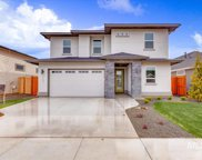 1303 N Red Ash Ave, Star image