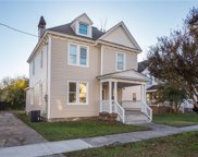 427 W 29th Street, West Norfolk image