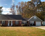 134 E Meadowview Drive, Statesville image