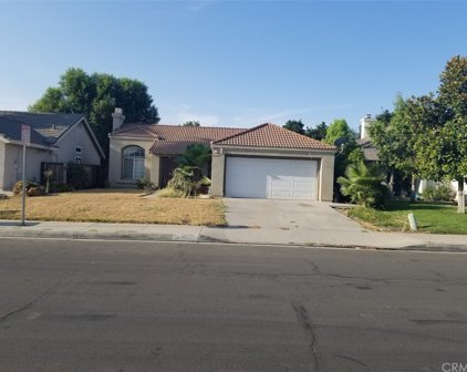 25601     Buena Fortuna Lane, Moreno Valley