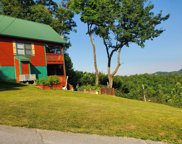 3826 Glenview Way, Sevierville image