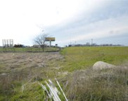2313 E Quinlan Parkway, Quinlan image