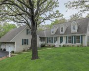 2325 Nw Lowenstein Drive, Lee's Summit image