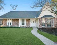 5534 Round Forest Dr, Baton Rouge image
