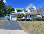 96 6th Ave, Holtsville image