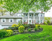 14 Blueberry Ln, Oyster Bay image