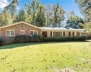 325 Hembree Road, Roswell image