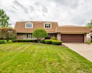 400 Kirkwood Cove, Burr Ridge image