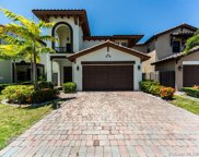 10255 Nw 87th Ter, Doral image