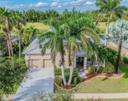 607 Islebay Drive, Apollo Beach image