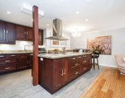 1515 Chesterfield Avenue Unit 207, North Vancouver image