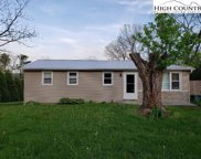 6726 Glade Valley Road, Ennice image
