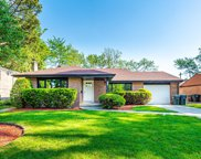 4435 West Greenleaf Avenue, Lincolnwood image