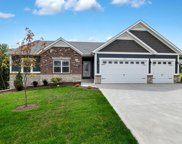 1807 Barclay forest, Wentzville image