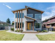 910 Tenth Street, New Westminster image