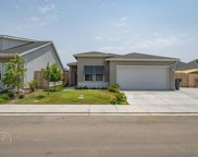 9723 Silver Falls, Shafter image
