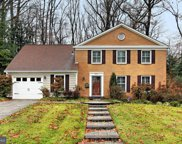 8221 Toll House   Road, Annandale image