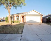 9064 Heartwood Drive, Fort Worth image