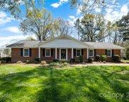 396 Birch Se Avenue, Concord image