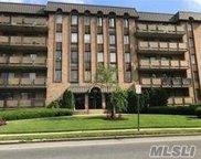 175 Maple  Avenue Unit #4-L, Westbury image