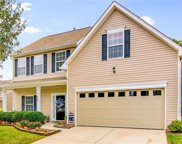 896 Hedgepath Terrace, High Point image