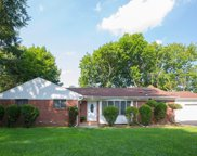 9 Bayview  Avenue, Great Neck image