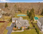 17 Twin Coves  Road, Madison image