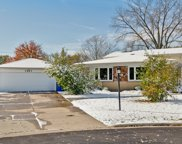 3243 Roder Avenue, Glenview image